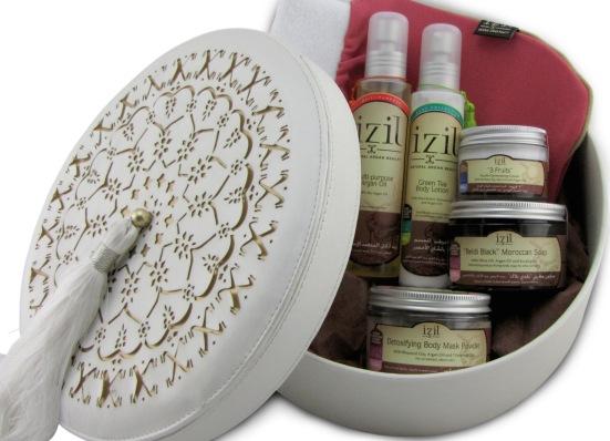 Izil Medium Gift Box